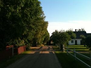 Hemma ute på landet denna fina kväll